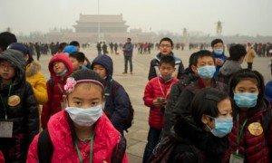 children-wear-masks-as-a-008-300x180 dans China environment governance
